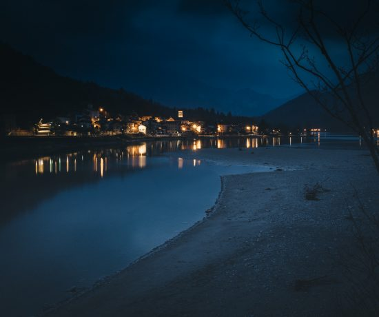 Barcis Lake by night